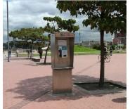 M-20 CABINA TELEFONICA DE PEDESTAL